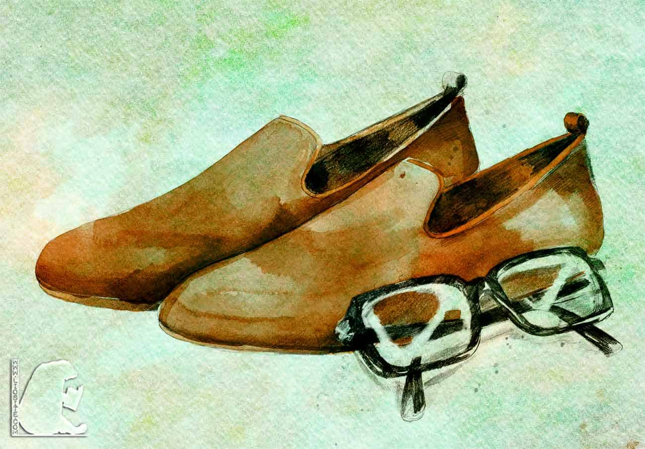 Slipper and glasses per old people